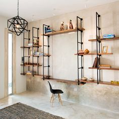 Design Industrial, Industrial Style Kitchen, Hall Furniture, Simple Furniture, Lofts, Traditional Dining Tables, White Wall Tiles, Regal Design, Multifunctional Furniture