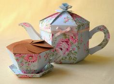 Teapot gift box with matching teacup