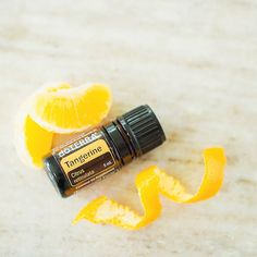Used throughout history in Chinese culture and herbal health practices, the tangerine fruit produces a tangy, sweet-smelling essential oil.