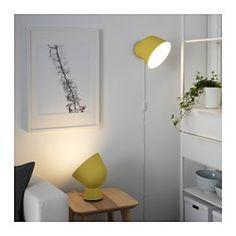 IKEA - IKEA PS 2017, Tafellamp, geel, , Door de lamp op een muur, schilderij of iets wat je extra mooi vindt te richten, ontstaat er zachte sfeerverlichting.Tafellamp of wandlamp - je kan zelf kiezen omdat de lamp ook aan de wand gemonteerd kan worden.
