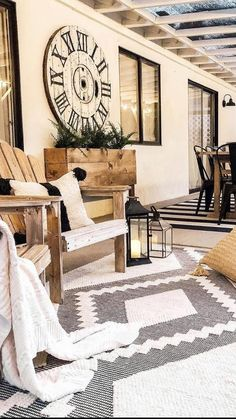 Deck Furniture, Outdoor Furniture Sets, Outdoor Rugs, Outdoor Spaces, Outdoor Living, Porch Decorating, Modern Rugs, Farmhouse Decor, Farmhouse Style