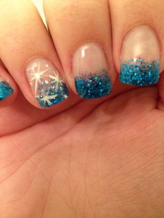 Winter nails. I am so doing this!