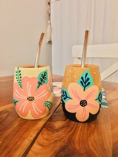 Small Flower Pots, Painted Flower Pots, Painted Pots, Diy Crafts Hacks, Diy And Crafts, Crafts For Kids, Arts And Crafts, Flower Pot Design, Inspirational Wall Art