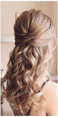 Prom Hair Medium, Medium Hair Styles, Short Hair Styles, Bridesmaid Hair Half Up Medium, Wedding Hair Half, Wedding Hair And Makeup, Wedding Hair Blonde, Prom Hairstyles For Short Hair, Indian Hairstyles