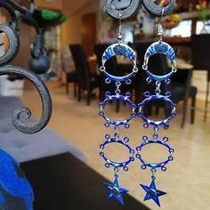 "Ateliér Katarína Kondačová na Instagrame: ""Feeling Blue? 💙 #earings #blue #blueearrings #jewelery #jewellerydesign #jewllery #jewellerylover #jewelry #aesthetic #mood #vibe #handmade…"" Crochet Earrings, Blues, Drop Earrings, Instagram, Jewelry, Atelier, Jewlery, Jewerly, Schmuck"