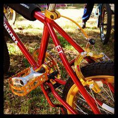 Bit of old school Kuwahara ET love. Trike Bicycle, Bicycle Shop, Vintage Bmx Bikes, Old Bikes, Home Design, Mongoose Bmx, Bmx Cruiser, Bmx Racing, Bmx Freestyle