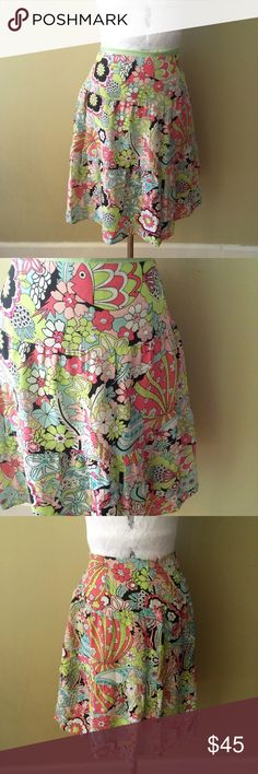 """FISH FLORAL SEASHELL SEQUIN SKIRT EUC. Self 100% silk lining 100% acetate. 15.5"""" waist 20.5"""" length   **bundles save 10%** no trades/no modeling/no asking for lowest Nanette Lepore Skirts A-Line or Full"""