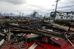 Dans le Queens, à New York, la tempête a laissé derrière elle des maisons totalement dévastées.