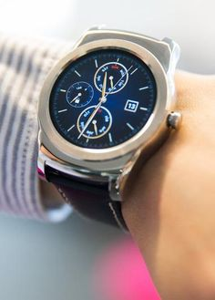 The LG Watch Urbane will be the first Android Wear smartwatch to be compatible with iOS