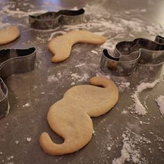 Moustache cookie cutters for MOVEMBER! How cute if you baked sugar cookies and let your little ones decorate THEN HAVE A MOVEMBER BAKE SALE and donate all your proceeds to someone's Movember Team!!! You can even let them all wear fake moustaches during the bake sale :) BRILLIANT!!