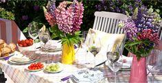 muchas flores colores mesa party