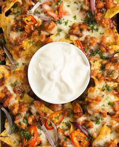 Looking for an easy and delicious twist on the classic nachos? Look no further than this baked BBQ Chicken Nachos recipe! It wasn't too long ago I was asked what my final meal would be, Perfect Fried Chicken, Easy Bbq Chicken, Chicken Orzo, Chicken Pizza, Rotisserie Chicken, Bbq Nachos, Chicken Nachos Recipe, Fried Chicken Recipes, Nachos Loaded