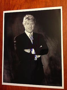 Robert Redford - Signature Autograph - Photo - The Great Gatsby Robert Redford, Gorgeous Men, Beautiful People, Actors Then And Now, Real Movies, Barbra Streisand, Paul Newman, Love Me Forever, Hugh Jackman