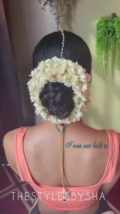 New Bridal Hairstyle, Marathi Saree, Nauvari Saree, Low Buns, Bun Hairstyles, Blouse Designs, Braid, Long Hair, Indian