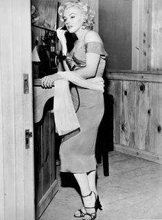 Marilyn Monroe on the set of Niagara, 1953