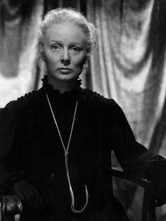 Madame Curie, Greer Garson, 1943 Photo