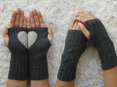 LIMITED, Heart Gloves, Fingerless Dark Grey Gloves, Light Grey Felt Heart, Knitted Gloves, Christmas Gift