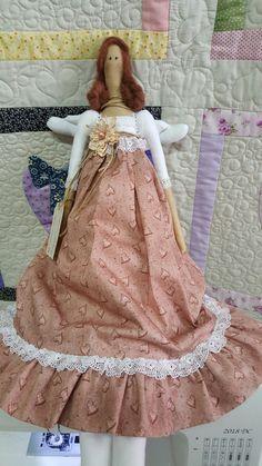 Boneca Tilda  feita pela Elizabeth Pasquini.