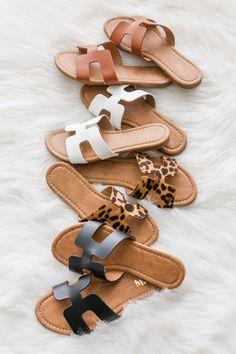 Walkin' On Sunshine Sandals in Leopard - Sandalia - Sandals Outfit, Cute Sandals, Fashion Sandals, Cute Shoes, Strap Sandals, Fashion Boots, Me Too Shoes, Shoes Sandals, Shoes Sneakers