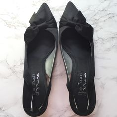 ⚡CLOSET CLOSING⚡️Nina Black Pointed Heels Worn but in great condition! Only the soles have sign of wear-they're slip ons Nina Shoes Heels