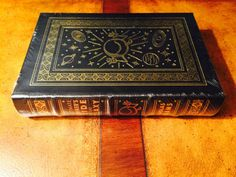Easton Press Douglas Adams's HITCHHIKER'S GUIDE TO THE GALAXY SEALED all volumes in Books, Antiquarian & Collectible | eBay