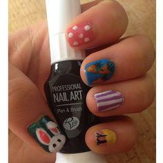 Photo by hannahwtmf - Easter nail art using Rio nail art pens!