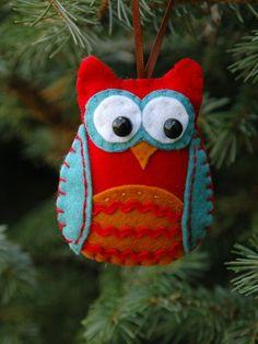 Embroidered applique felt owl ornaments