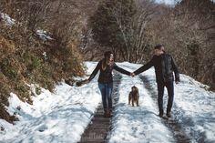 Hace unos días os enseñé una pequeña muestra de las fotos que hice con A&S en la nieve... ¡las ganas que tenía de enseñaros la sesión entera! Amor bajo cero! ❄️  La tenéis en el blog!   Preboda en la nieve. Prewedding engagement photoshoot in the snow. Fotografía natural de bodas en Barcelona. Mònica Vidal, Mon Amour, reportaje de boda, wedding photography, casament, wedding, boda, fotógrafo de boda en Barcelona. info@monamourweddings.com www.monamourweddings.com