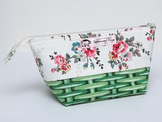 Small Zipped Pouch for Crafting Projects: This zipped pouch/bag has been made using Cath Kidston fabrics and is perfect for your knitting, crochet, hand sewing or other crafting projects. For the non-crafters out there, it could also be used to store toiletries and/or make-up.
