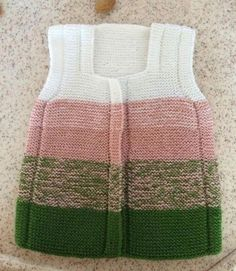 Easy Vest Recipe Knitted as Haraşo by Fusing Color.-- Easy Vest Recipe Knitted as Haraşo by Fusing Color. Baby Knitting Patterns, Pull Bebe, Baby Barn, Baby Pullover, Knit Fashion, Kid Styles, Baby Sweaters, Kind Mode, Pulls
