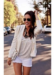 <3 Shay Mitchell's Cali Style