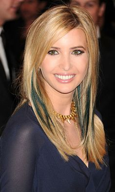 54adb62a4 Amanda Bynes Got Us Thinking About Our Favorite Blue Haired Famous Ladies