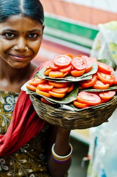 Fresh Tomatoes for the Bus. India
