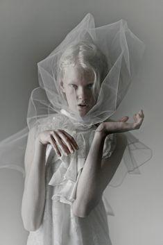 Dusty eyes III model: Linn Arvidsson ( VIVA ) shoot : me CLEMENTLOUIS2011 clementlouis.tumblr.com