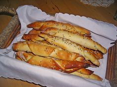 Brigitte B, Nutritional Yeast Recipes, Hot Dog Recipes, Homemade Dog Food, Eating Habits, Hot Dog Buns, Food Inspiration, Good Food, Brunch