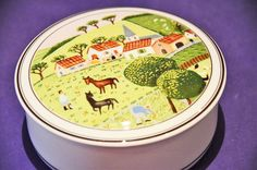 VILLEROY AND BOCH NAIF LAPLAU 2 FARM WITH HORSES TRINKET BOX