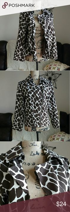 NWOT Chaus Brown Animal Print Cotton Jacket sz 8 NWOT Lightweight Moto style jacket with brown giraffe print. Double zipper front diagonal. Notched lapel collar, tab and loop at shoulders. No holes, flaws or stains.  SUPER fast same day or next business day shipping! Chaus Jackets & Coats