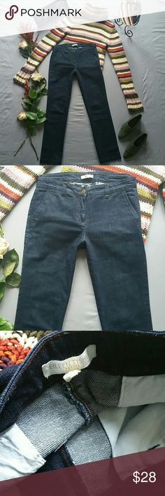 """EILEEN FISHER STRAIGHT LEG JEANS *THE LIMITED HAND KNIT SWEATER & AMALFI LOAFERS SOLD SEPARATELY! BUNDLE AND SAVE!  *TAG READS PS *IN EXCELLENT PRE-OWNED CONDITION; LOOKS NWOT BUT NO FABRIC AND CARE TAGS.   *WAIST MEASURES APPROX 32"""" *INSEAM MEASURES APPROX 29.5"""" *RISE MEASURES APPROX 9"""" *LEG OPENINGS MEASURE APPROX 16"""" *PRICE IS FIRM FOR NOW UNLESS  *STORED IN NON-SMOKING PET FREE HOME Eileen Fisher Jeans Straight Leg"""