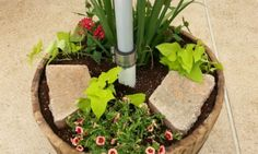 Learn how to build your own strong and stable patio umbrella stand/planter from - Patio Umbrellas - Ideas of Patio Umbrellas - Learn how to build your own strong and stable patio umbrella stand/planter from this step-by-step tutorial! Outdoor Umbrella Stand, Patio Umbrella Lights, Large Patio Umbrellas, Umbrella Stands, Table Umbrella, Diy Deck, Diy Patio, Patio Ideas, Outdoor Ideas