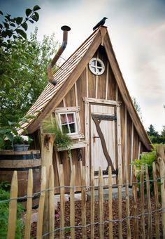 Ber ideen zu rundfenster auf pinterest h user - Lieblingsplatz gartenhaus ...