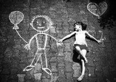 Papaaaá…, ¿por qué si tengo un amigo imaginario estoy loca, y si lo tienen millones de personas es una religión..?