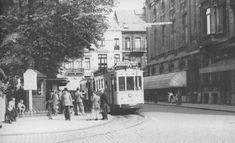 """Franklin Rooseveltplaats vroeger Victorieplaats met spotnaam """"Geuzenhofkes"""",  foto 1947 NMVB"""