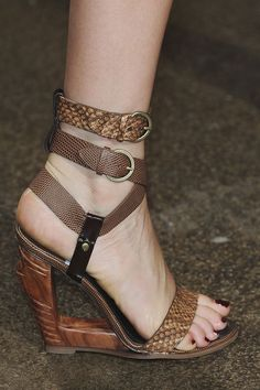 Donna Karan Even if it breaks my ankle this is a pair of shoes I would wear anytime.