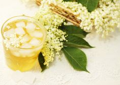 You know it's summer when the elderflower cordial comes out. Fresh elderflower heads, lemon peelings, sugar and water are all you'll need for a refreshing glass. Elderberry Flower, Cordial Recipe, Elderflower Cordial, Best Acne Products, Ard Buffet, Elderly Care, How To Get Rid Of Acne, Personal Hygiene, Sorbet