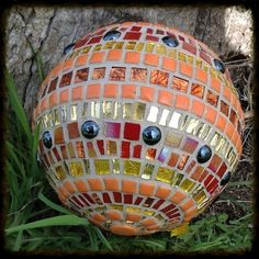 Now its spring its time to start thinking about your garden again. Mosaic glazing balls make a beautiful addition to any garden or patio. Hang them from the roo