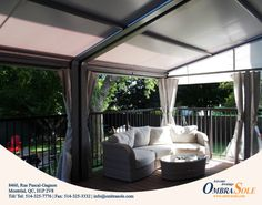 Why choose a retractable awning that covers the full width of your patio? Easy, because it looks clean and it keeps it clean! Complete the decor with lateral curtains and a comfortable sofa, you will then only need a few guests and a nice bottle of wine.  #outdoor #patio #decorideas #patiodecor
