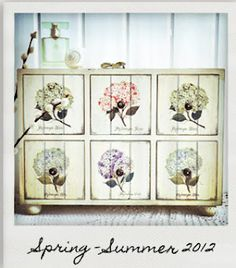 Beautiful & Creative Things Blog  Botanical and vintage - a delicious combination  http://www.dotcomgiftshop.com/botanical?all=1