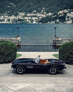 Retro Cars, Vintage Cars, Bmw 507, Bmw Classic Cars, Old Money, Belle Photo, Car Pictures, Luxury Cars, Dream Cars