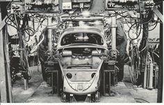 VW Wolfburg , chaine de montage Hall 4