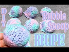 Step by step tutorial for making these awesome bubble scoops! These bubble scoops are so fun to make! Sugar Scrub Diy, Diy Scrub, Lip Scrub Homemade, Homemade Bubbles, Homemade Bath Bombs, Bubble Bath Soap, Bubble Baths, Bubble Bar Recipe, How To Make Bubbles